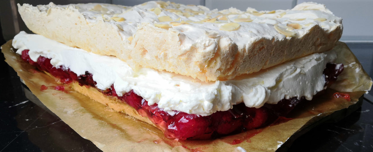 Malinowa chmurka - ciasto