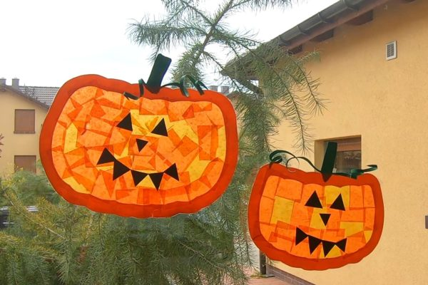 Witraż z dyni na Halloween